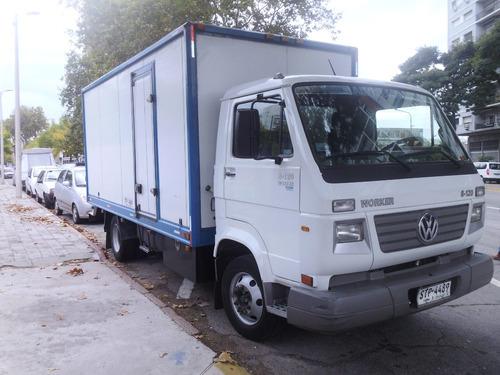 volkswagen worker 8.120 unico dueño impecable 2011