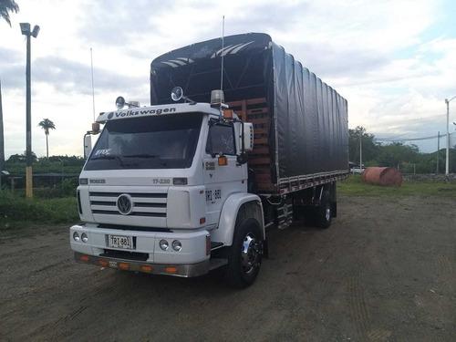 volkwagen 17220 - estacas