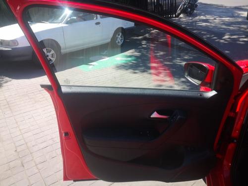 volkwagen vento conforline 4cl,aut,a/c ,elec,tela
