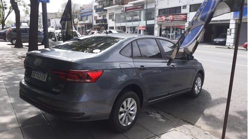 vollkswagen virtus conforline automatico 2019