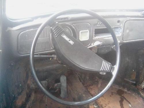 volskwagen escarabajo 1982 ,le falta el motor