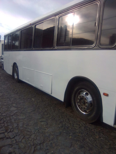 volvo 2003 camion
