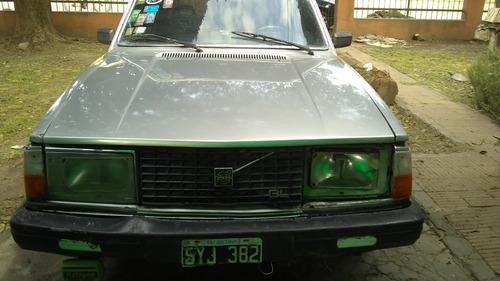 volvo 244  2.0 sedan