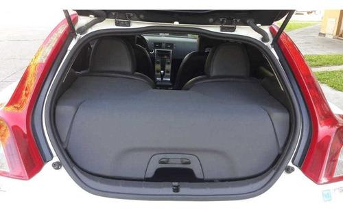 volvo c30 2.4 t5 220hp at pack premium 2010