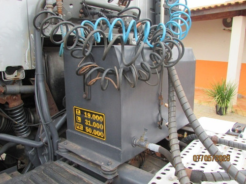 volvo fh 400 6x2 c/ kit hidraulico p/ caçamba