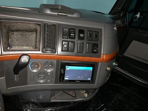volvo fh 440 6x2 2009 automático