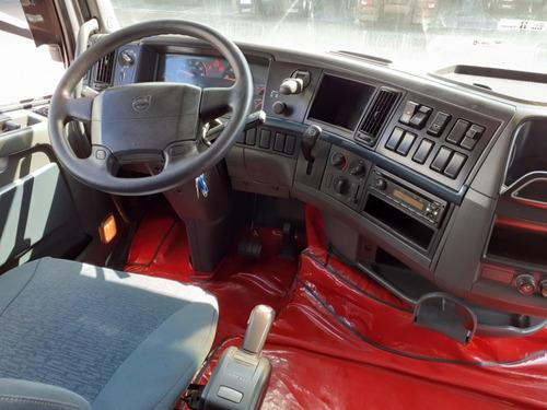 volvo fh 440 t baixo 6x2  2011 com redutor longo i-shift