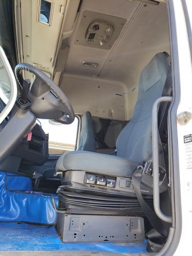 volvo fh12 420 6x2 i-shift globetotter 2012  /  financiamos