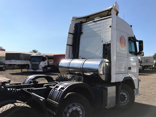 volvo fh12 420 ano 2012 8x2