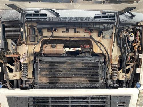 volvo fh12 440 6x2 com ar condicionado em otimo estado