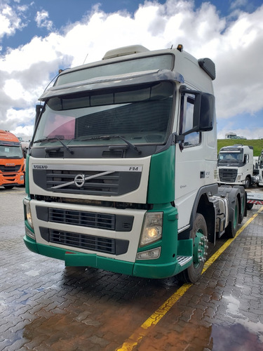 volvo fm 370 6x2 globetrotter i-shift 2012 / financiamos