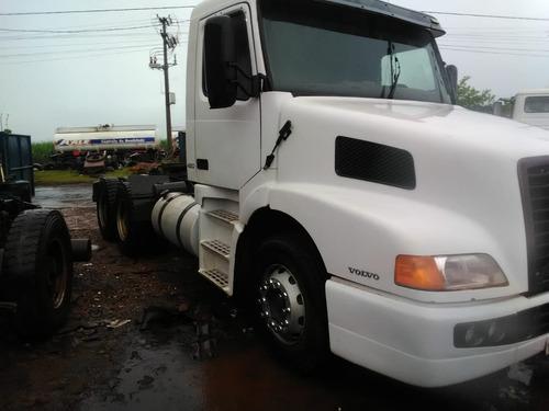 volvo nh12 420 6x4 canavieiro traçado 2005 r$ 100.000.