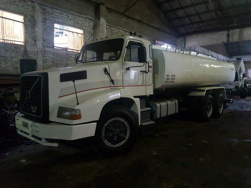 volvo nl280 año 1995 tatu 6x4 con tanque de 18.000 litros
