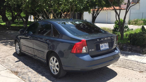 volvo s40 2.4 addition 5vel mt 2010