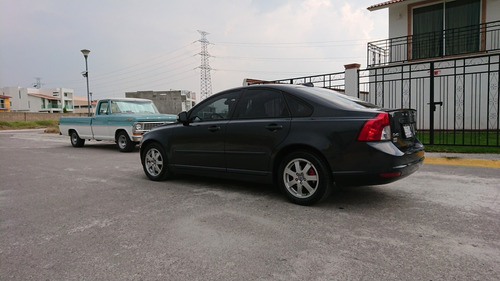 volvo s40 2.4 i addition mt 2010