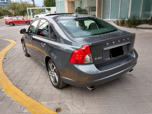volvo s40 2.5 t5 inspirion geartronic r desing at