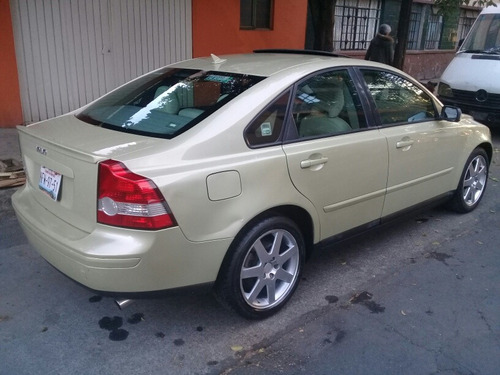 volvo s40 2.5 t5 mid geartronic 220 hp qc at 2005