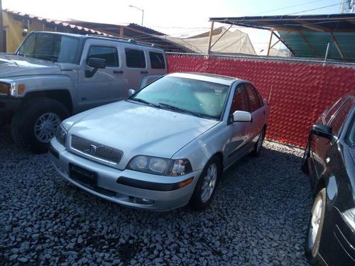 volvo s40 4p sedan 2.0t aut 2001