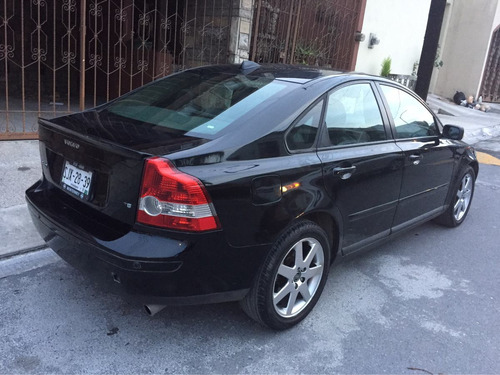 volvo s40 4p t5 mid geartronic 220 hp q/c 2006