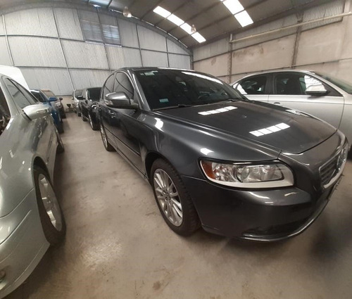 volvo s40 t5 año 2011 km:85000 reales!!!
