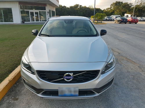 volvo s60 2.5 t5 awd cross country at 2016 plata en cancún
