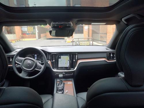 volvo s60 t4 momentum 2.0 turbo aut 2020 blanco cristal