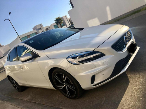 volvo v40 2.0 r - design t5 at 2017