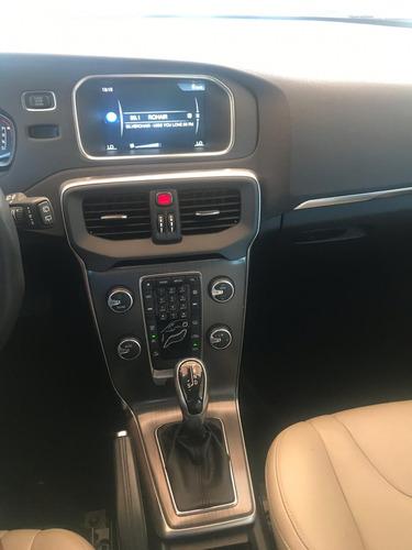 volvo v40 2.0 t4 momentum drive-e 5p automático 2016