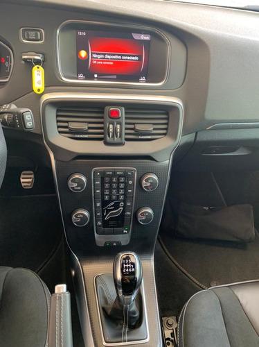 volvo v40 t4 hb 2.0 2019