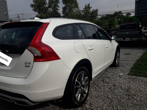 volvo v60 cross country d4 awd 2.4 aut 2017
