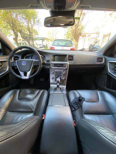 volvo v60 luxury t6 awd 3.0 304 cv at geartronic única