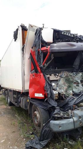 volvo vm 23-240 truck batido no chassis sem baú