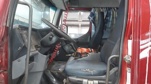 volvo vm 260  2008  6x2  carroceria