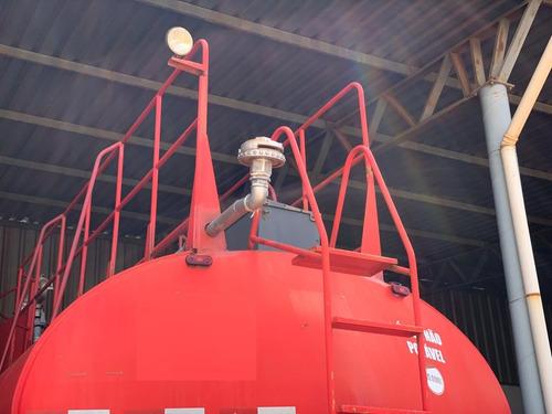 volvo vm 260 6x4 ano 2011 tanque pipa gascom