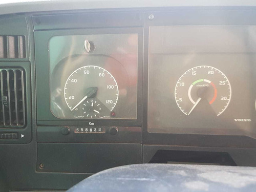 volvo - vm 260 truck bau leito 2011