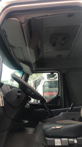 volvo vm 270 2014 branco truck 6x2