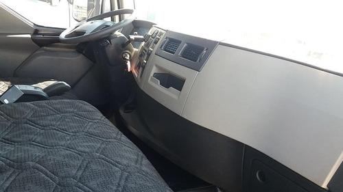 volvo vm 270 6x4 2015 automatico