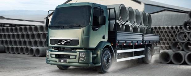 volvo vm 270 bi truck  condições especiais autônomo
