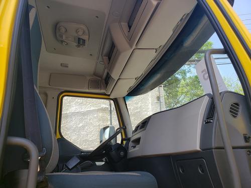 volvo vm 270 i-shift automatico basculante ano 2015 - 2015
