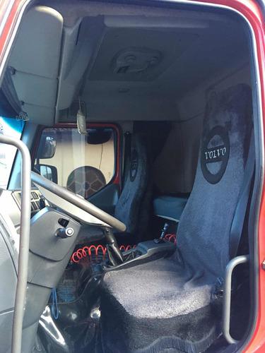 volvo vm 330 8x2  bitruck no chassis ano 2013 mod 2013