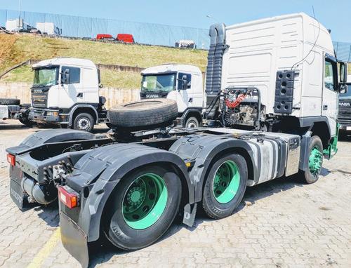 volvo vm 370 6x2 globetrother - automático - 2012