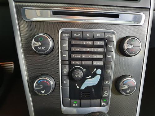 volvo xc 3.0 rd awd turbo gasolina 4p automático 2011/20...