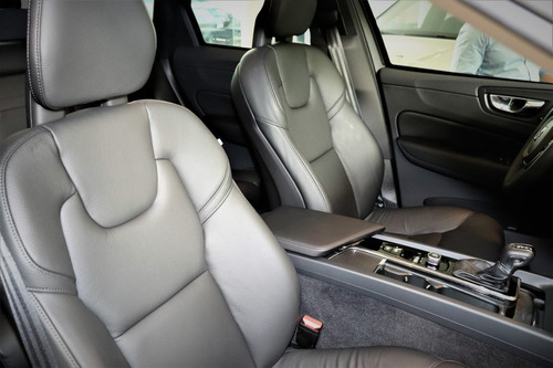 volvo xc60 2.0 t5 r-design drive-e 2018 bss bem nova 9000 km
