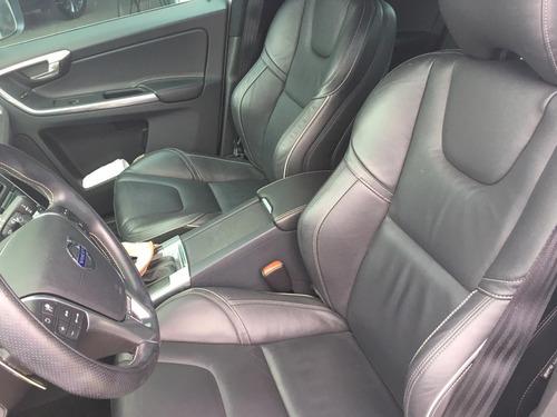 volvo xc60 2.0 t6 r-design drive-e 5p