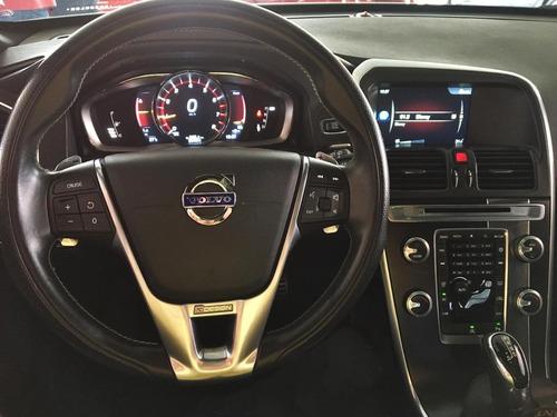 volvo  xc60  2016  2.0 t5 r-design drive-e 5p