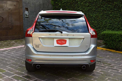volvo xc60 3.0 t r-design at