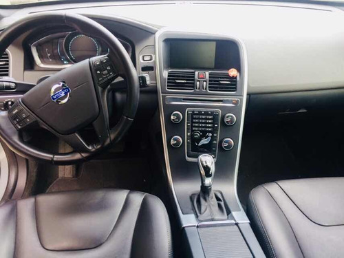 volvo xc60  4 cilindros turbo 2014