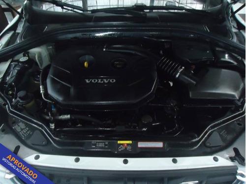 volvo xc60 comfort t5 fwd 2.0 4p automatico