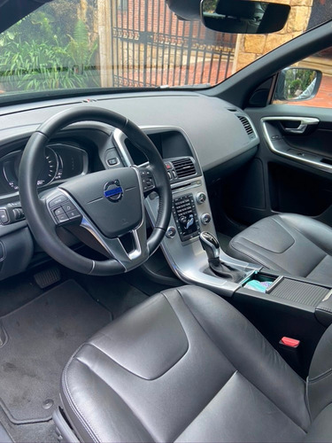volvo xc60 t5 awd modelo 2017
