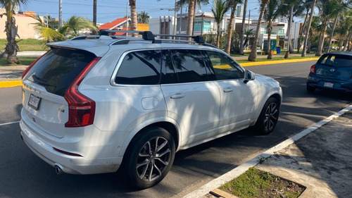 volvo xc90 2.0 t6 momentum awd 7 pas. at 2017
